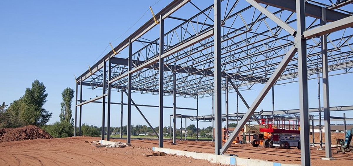 Steel Frame House Construction : Steel framed buildings cornwall erecting